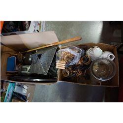 BOX OF ESTATE ITEMS