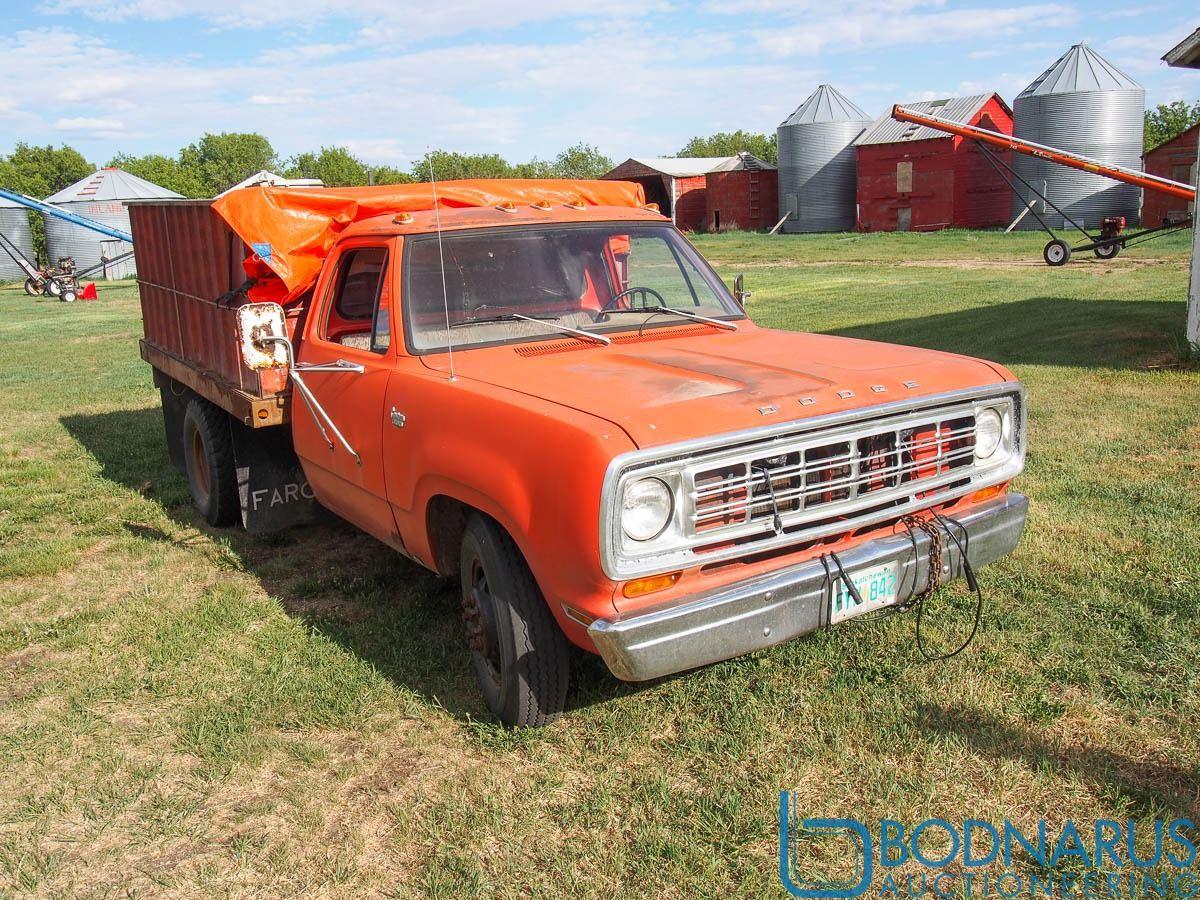 1974 Dodge 1 Ton Truck D31BF45092392