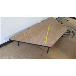 """Short Wood & Metal Corner Table 14""""H"""