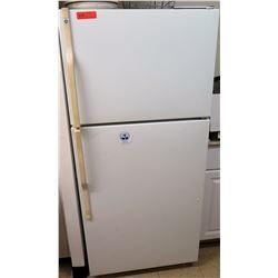 General Electric Refrigerator & Freezer