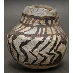 ANASAZI INDIAN POTTERY JAR