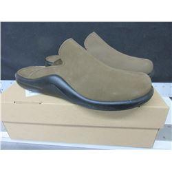 Slip on Hammacher Schlemmer Sandals made in Portugal size 11.5 - 12