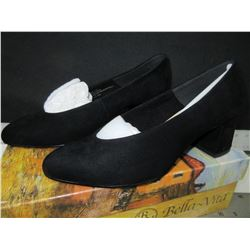 New Bella - Vita black suede / Jensen / size 7 ww comes with dust bags