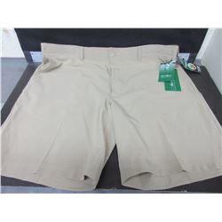New Men's Ben Hogan Performance Golf Shorts size 42