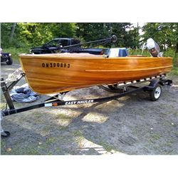 HIGH END CEDAR STRIP POWER BOAT, IN LIKE-NEW CONDITION, RUNS