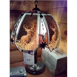 BEAUTIFUL STANDING BUCK GLASS LAMP