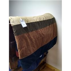 LARGE LODGE PRINT  BED TOPPER