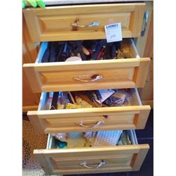 KITCHEN DRAWER LOTS