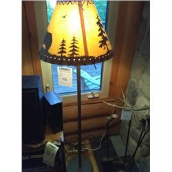 METAL FLOOR LAMP / LODGE BEAR DESIGN