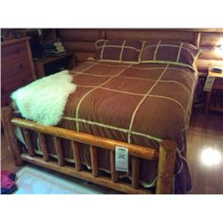 CUSTOM MADE QUEEN SIZE MASTER BEDROOM BED W BEDDING