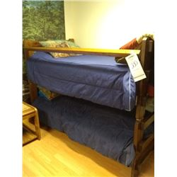 WOOD LODGE BUNK BED SET W BEDDING