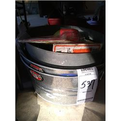 LOT: 2 X NEW GALVANIZED TUBS & OTHER GOODS