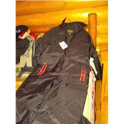 DOWN SNOW SUIT, BY FIELD TESTED GUIDE GEAR, SIZE LG
