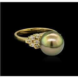 0.30 ctw Pearl and Diamond Ring - 14KT Yellow Gold