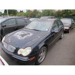 2001 Mercedes-Benz C320