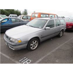 2000 Volvo Cross Country
