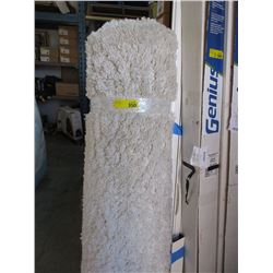 White Shag Area Carpet - Approximately 5 x 7 feet