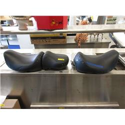 2 Harley Davidson Road King Motorcycle Seats