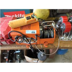 Garage Gorilla Electric Winch with Remote