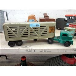 1950's Structo Cattle Farms Pressed Steel Truck