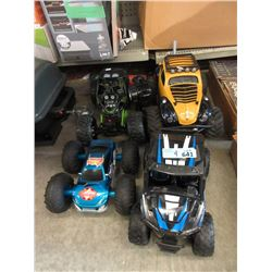 4 Toys Vehicles - Store Returns