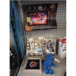 5 Piece Set of Wayne Gretzky Collectibles