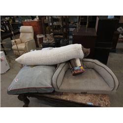 2 Pet Beds, Body Pillow & Scratching Post