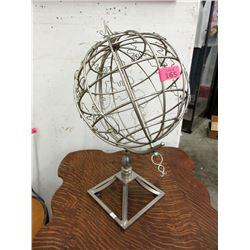 Sturdy Metal Spinning Globe Decoration