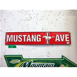 """New """"Mustang Ave"""" Metal Sign"""