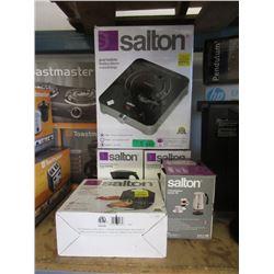 5 Salton Small Kitchen Appliances - Store Returns