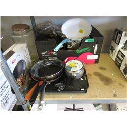 10 Pieces of Assorted Cookware