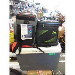 Cooler & 3 Bags - Store Returns