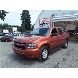 F2 --  2007 CHEVROLET AVALANCHE SUT, ORANGE, 258,883 KMS