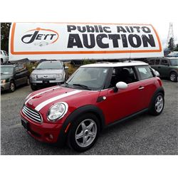 B6 --  2009 MINI COOPER  , Red , 146295  KM's