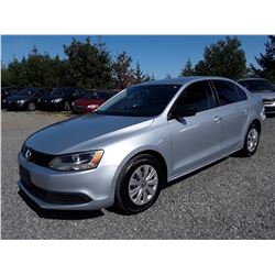B2 --  2013 VW JETTA, GREY, 158300 KMS