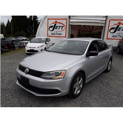 D5 --  2013 VW JETTA , Grey , 99503  KM's