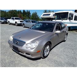 E6 --  2003 MERCEDES C230 , Brown , 154446  KM's