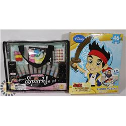 FLAT WITH SUPER SPARKLE SET AND DISNEY JAKE