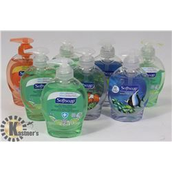 BUNDLE OF ASSORTED HAND SOAP