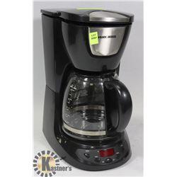 BLACK & DECKER COFFEE MACHINE