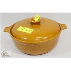 GOLD COLORED CASSEROLE DISH