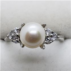 182) STERLING SILVER FW PEARL RING