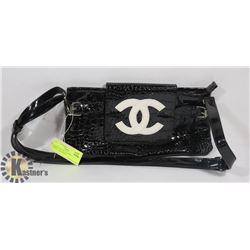 CHANEL BLACK AND WHITE LOGO REPLICA HANDBAG