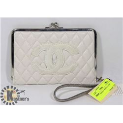 CHANEL REPLICA  WHITE CLUTCH
