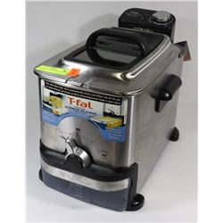 T-FAL DEEP FRYER WITH OIL FILTER FEATURE