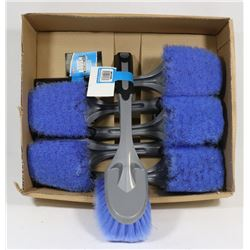 BOX OF DELUXE BODY BRUSHES
