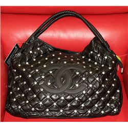 REPLICA CHANEL BLACK BAG WITH JEWELS