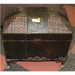 ORNAMENTAL TRUNK COVERED IN TIN, IN STAND