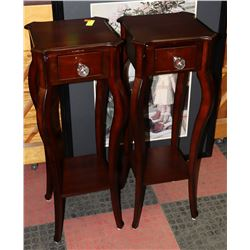 LOT OF 2 BOMBAY 3.5 FT SIDE TABLES
