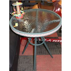 GREEN WROUGHT IRON & GLASS BISTRO TABLE W/